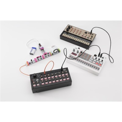 SQ-1 SEQUENCER